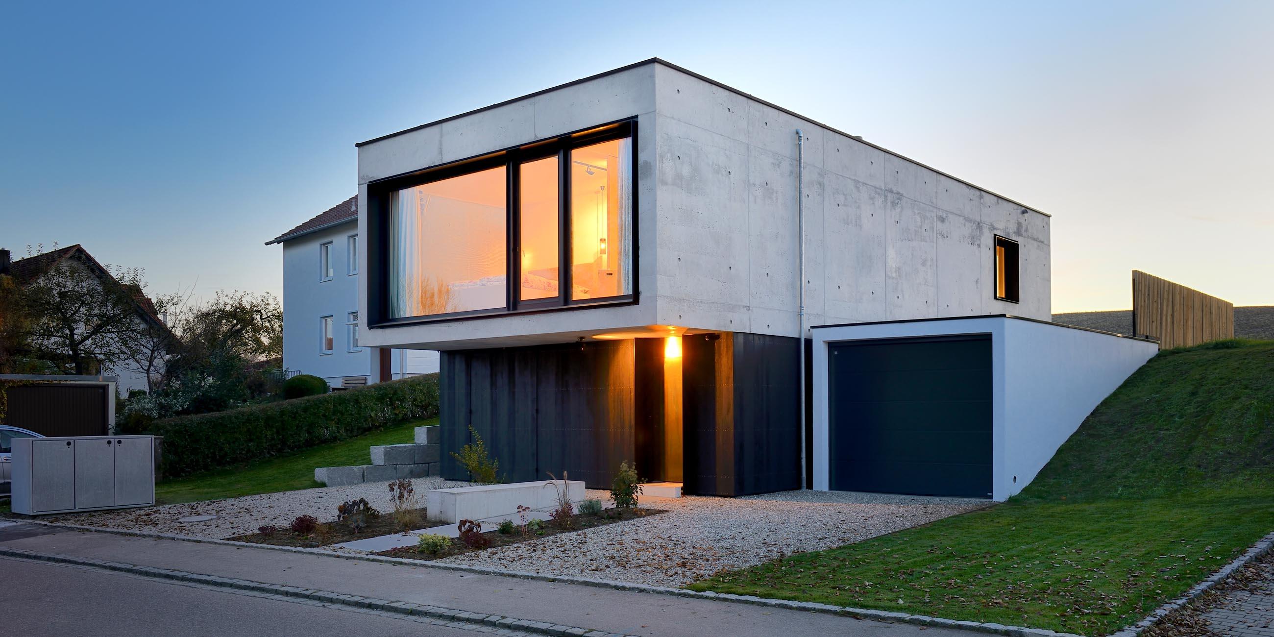 Einfamilienhaus aus infraleichtbeton for Einfamilienhaus modern