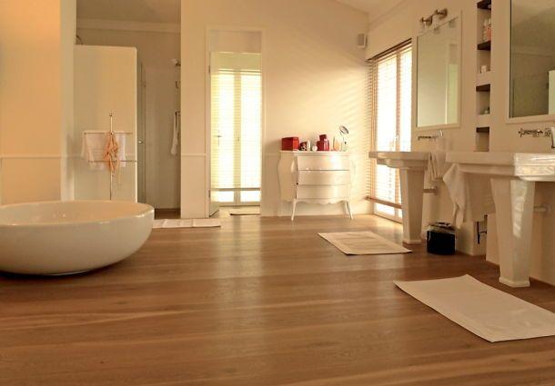 Fesselnd Holzboden Im Badezimmer