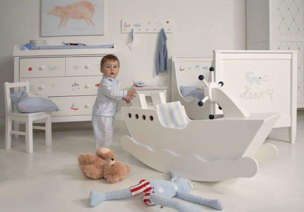 das babyzimmer fr hliches wohnen f r die j ngsten. Black Bedroom Furniture Sets. Home Design Ideas
