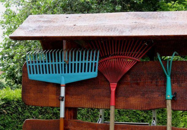 Gartenmobel Gebraucht Willhaben : Gartenarbeiten Erste Aufgaben im Frühjahr  bauemotionde