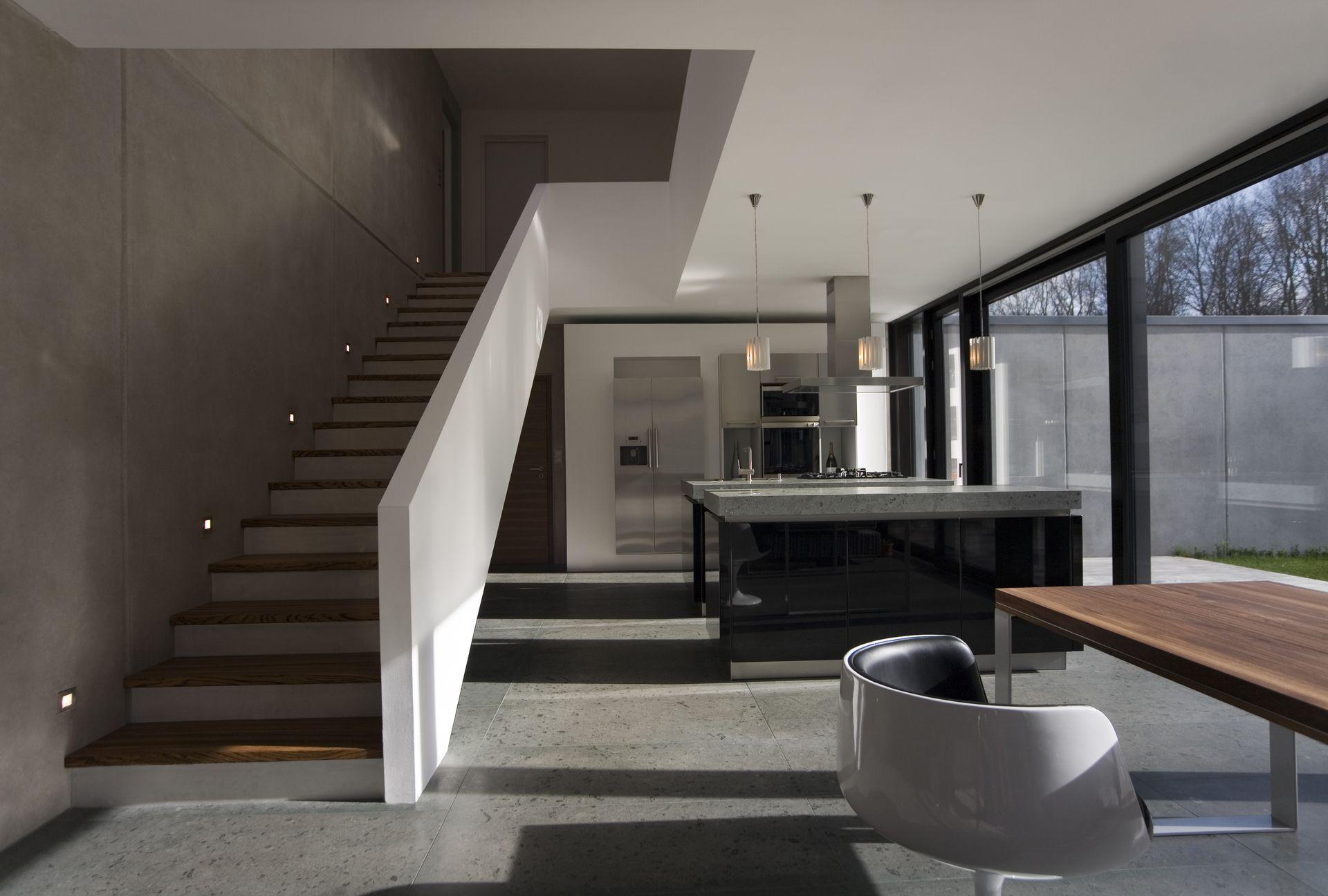 esszimmer in grau und wei. Black Bedroom Furniture Sets. Home Design Ideas