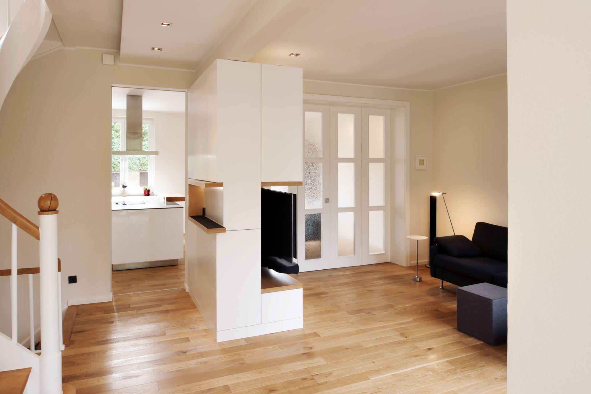 modernes wohnen mit altbau flair. Black Bedroom Furniture Sets. Home Design Ideas