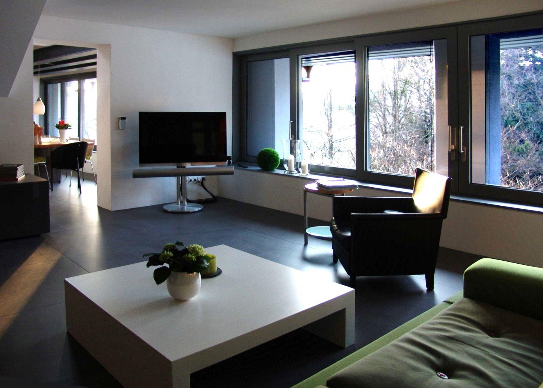 modern und gem tlich. Black Bedroom Furniture Sets. Home Design Ideas