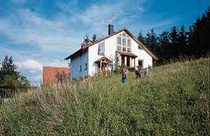 Freistehendes einfamilienhaus for Hausformen einfamilienhaus